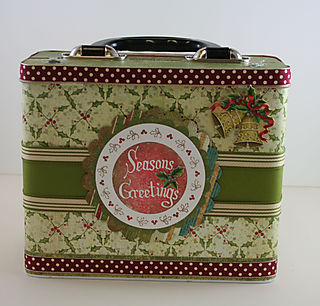 Christmas Lunch Box - back View photo 1