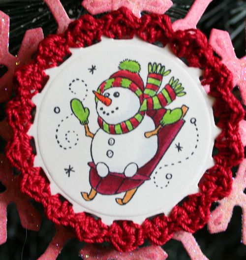Snowman Ornament close up of crocheted edge
