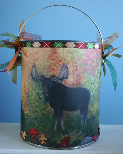 Moose_paint_can