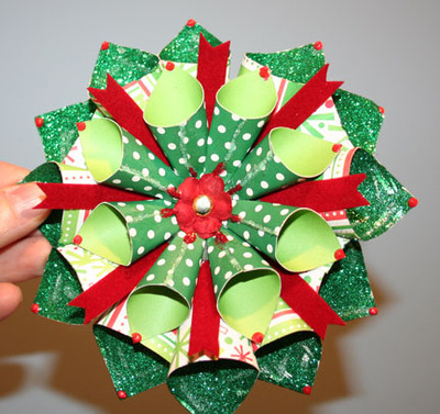 Christmas_exploding_box_close_up_of