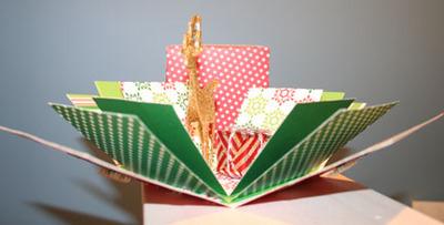 Christmas_exploding_box_open_photo_