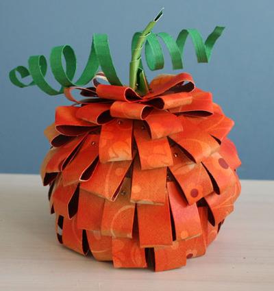 Paper_pumpkin_airbrushed