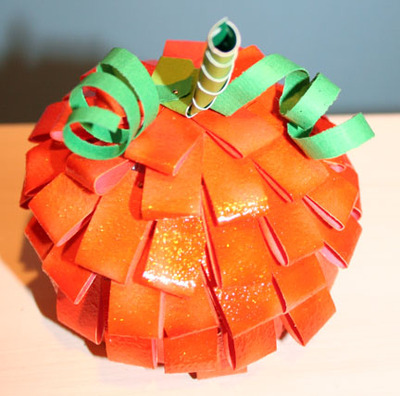 Paper_pumpkin_airel_view_glitttered