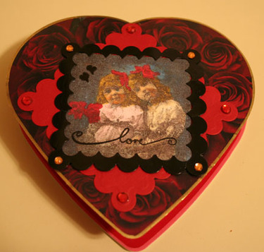 Rubberstamp_tapestry_heart_box_of_c